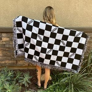 VANS CHECKERBOARD WOVEN TAPESTRY BLANKET